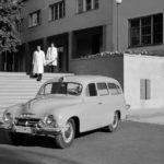 Škoda 1201 sanitka a záchranári