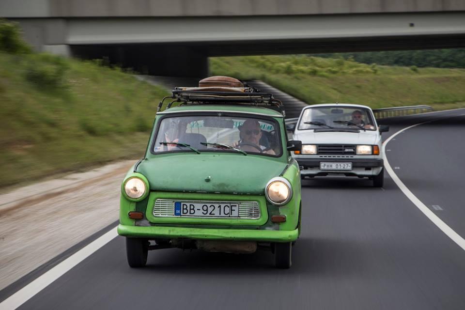 najkrajsie-pozadia-na-pc-garaz-tv-do-chorvatska-na-skode-125-7-trabant